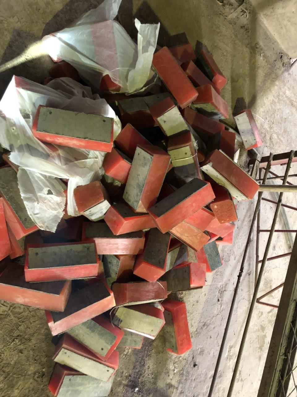Футеровка барабанов канатноподъемных машин и отклоняющих шкивов