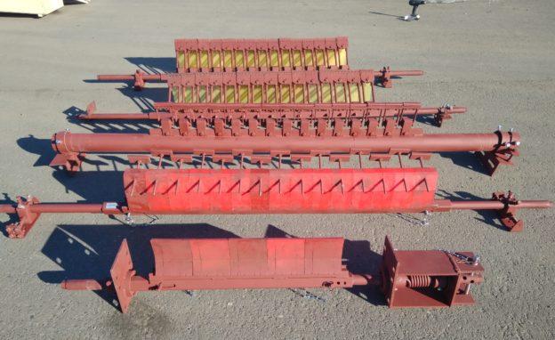 Скребки на ленточные конвейеры главное фото